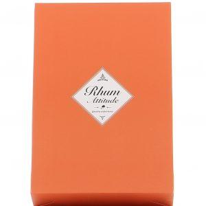 box_sur_mesure_rhum_attitude_dans_pochette_cadeau